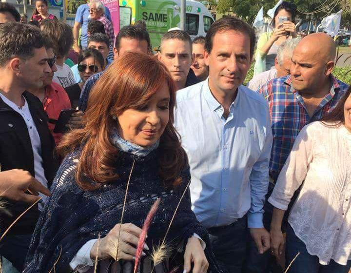 CFK-EN-ESCOBAR-10.jpg