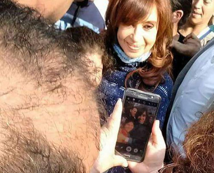 CFK-EN-ESCOBAR-11.jpg